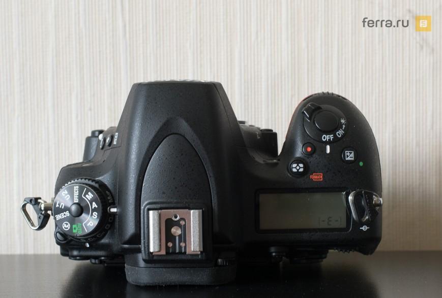 Верхняя сторона корпуса Nikon D750