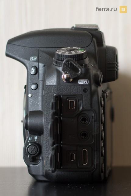 Разъемы под заглушками на левой стороне корпуса Nikon D750