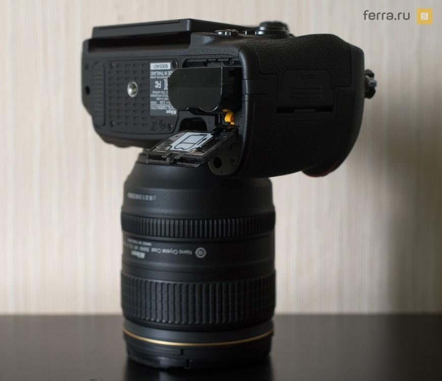 Нижняя сторона корпуса Nikon D750